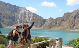 PINATUBO PUBLIC-SHARED TOUR-TRAVEL PERIOD-NOVEMBER TO MAY ONLY FOR PHP 1950 PER PERSON-WEEKEND/HOLIDAY TOUR-FREE VAN SHUTTLE ROUNDTRIP-ALL IN
